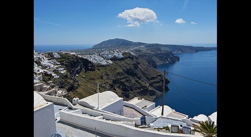 Heaven 1, Hotels in Imerovigli, Greece - Santorini View