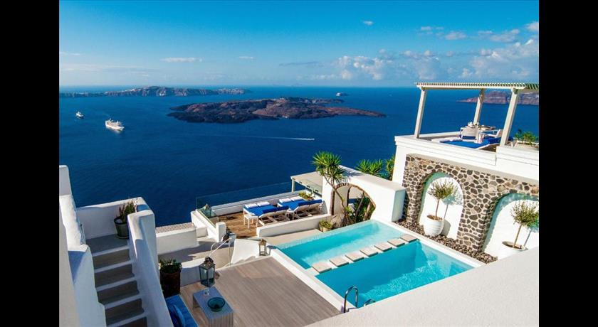 Iconic santorini a boutique cave hotel hotels in for Hotels santorin
