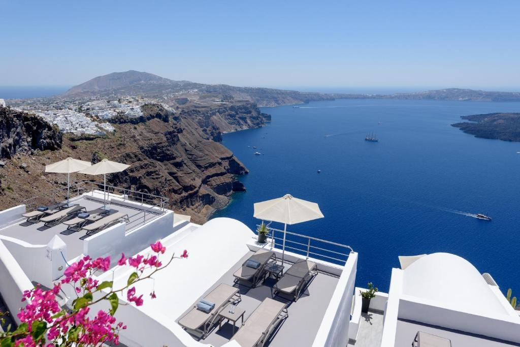 Best Car Hire In Santorini