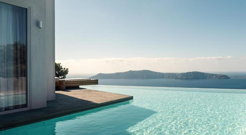 WEST EAST SUITES in Santorini - 2019 Prices,VIDEO,Ratings - Book Now
