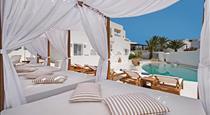 Cavo Bianco Boutique Hotel & Spa, hotels in Kamari