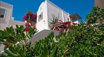 Enjoy Villas, hotels in Kamari