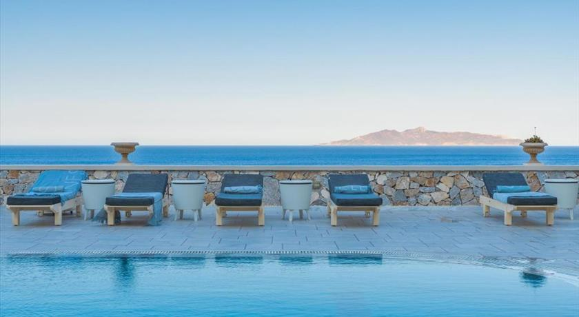 Epavlis Hotel, Hotels in Kamari, Greece - Santorini View