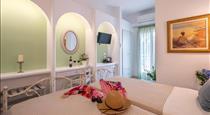 Hotel Summer Dream, hotels in Kamari