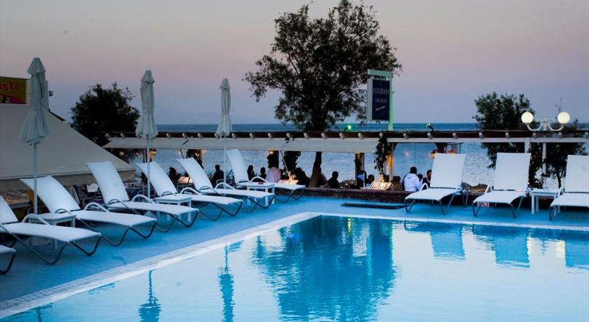 POSEIDON BEACH HOTEL in Santorini - 2019 Prices,Photos,Ratings - Book Now