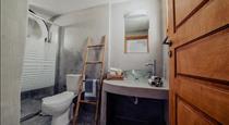 Pueblo Viejo Suites, hotels in Kamari