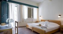 Rose Bay Hotel, hotels in Kamari