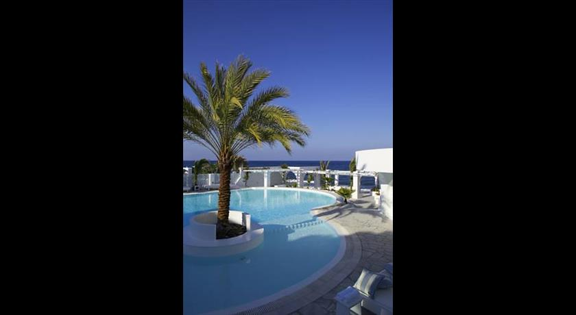 Thalassa Seaside Resort, Hotel in Kamari, Greece - Santorini View