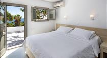 Villa Adrali, hotels in Kamari
