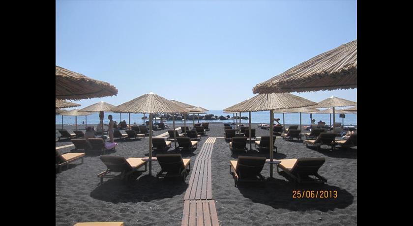Villa Gambas, Hotel in Kamari, Greece - Santorini View