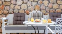Nikolas Hotel, hotels in Karterados