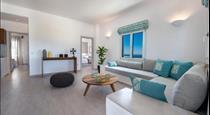 Blanca Luxury Villa, hotels in Megalochori
