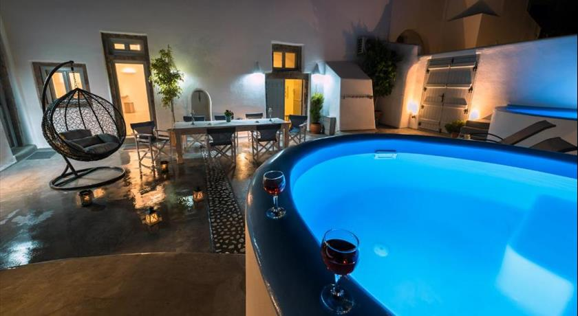 NEREIDS VILLA SANTORINI in Santorini - 2019 Prices,Photos,Ratings - Book Now