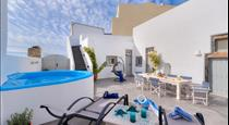 Nereids Private Villa, hotels in Megalochori