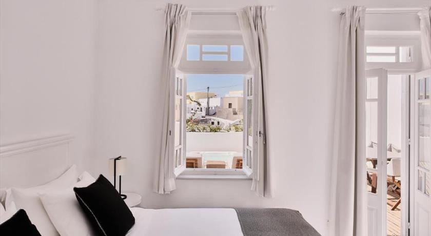 Vedema A Luxury Collection Resort Santorini Hotels In