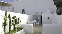 Ananda Residence, hotels in Messaria