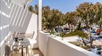 Hotel Eucalyptus, hotels in Messaria