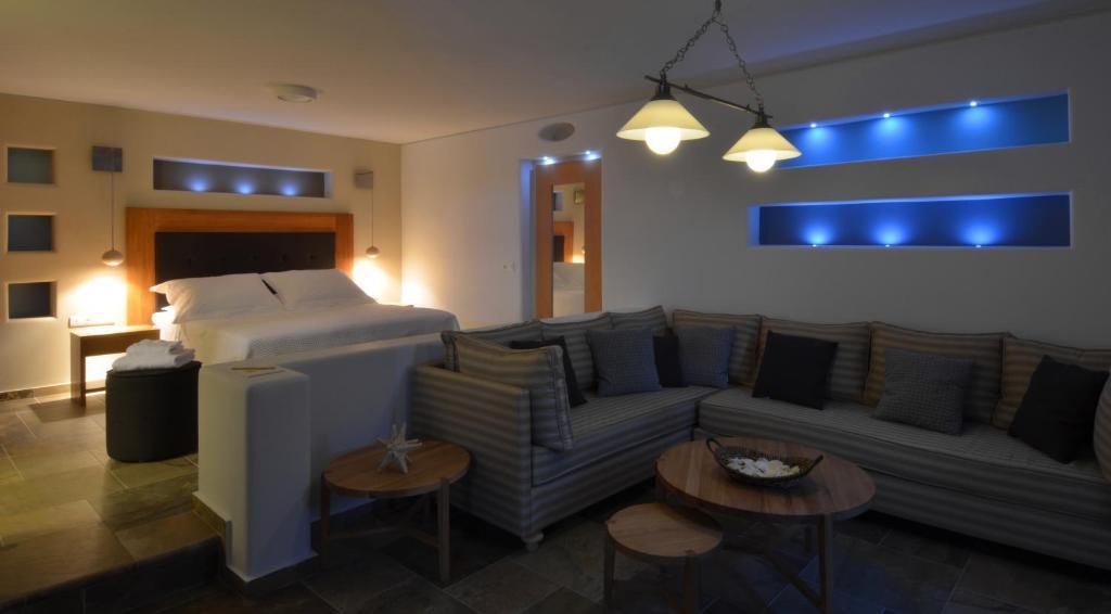 Terrific Pleiades Eco Houses In Santorini 2019 Prices Photos Download Free Architecture Designs Scobabritishbridgeorg
