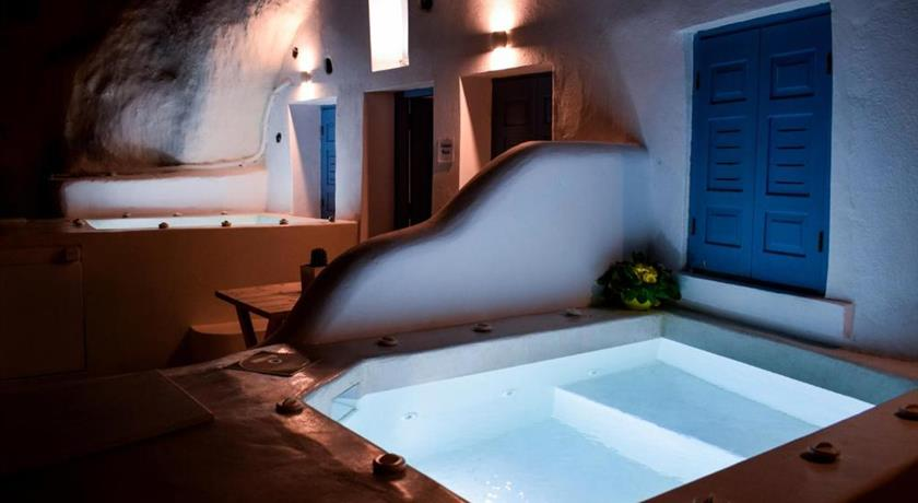 STOA CAVE VILLAS in Santorini - 2019 Prices,Photos,Ratings - Book Now