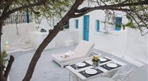 Stoa Cave Villas, hotels in Messaria
