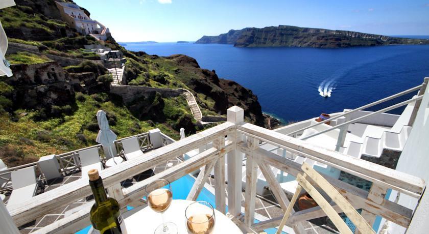 hotels in santorini greece with caldera view. Black Bedroom Furniture Sets. Home Design Ideas