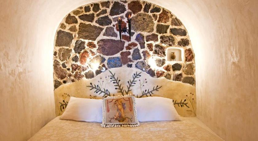 Alexander 39 s boutique hotel hotels in oia greece for Boutique hotel oia