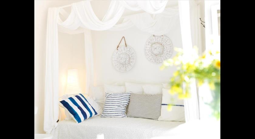 ALSAKI SUITE BY K&K in Santorini - 2021 Prices,Photos,Ratings - Book Now