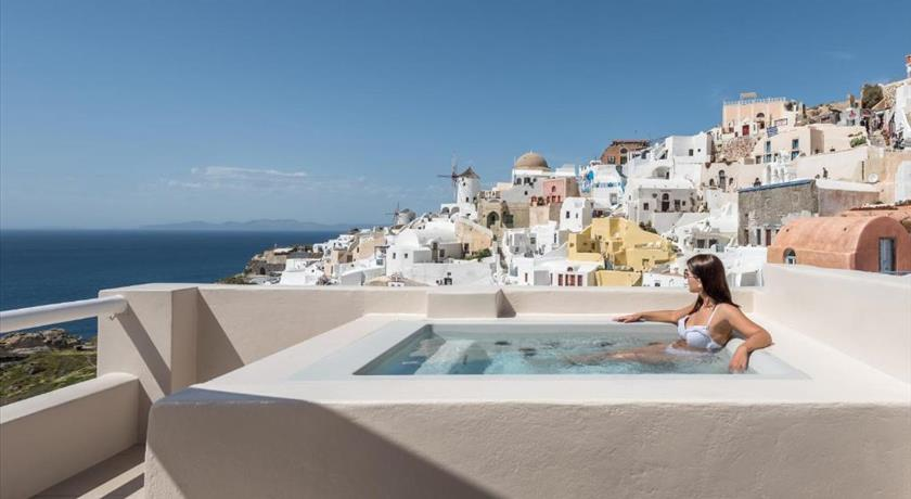 Art Maisons Oia Castle, Hotels in Oia, Greece - Santorini View