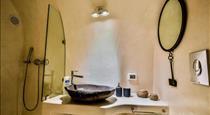 Cave Villa Valente, hotels in Oia