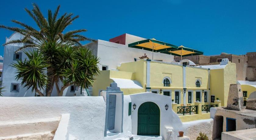 CHRISTOS APARTMENTS OIA in Santorini - 2021 Prices,Photos,Ratings - Book Now