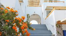 Ecoxenia, hotels in Oia