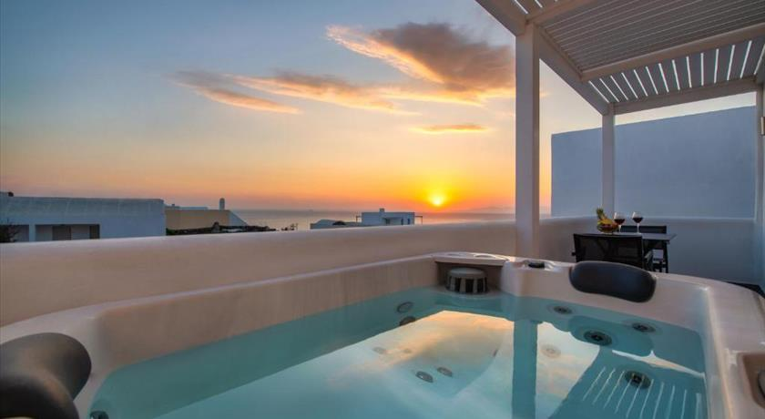 ELEA HUB in Santorini - 2019 Prices,Photos,Ratings - Book Now