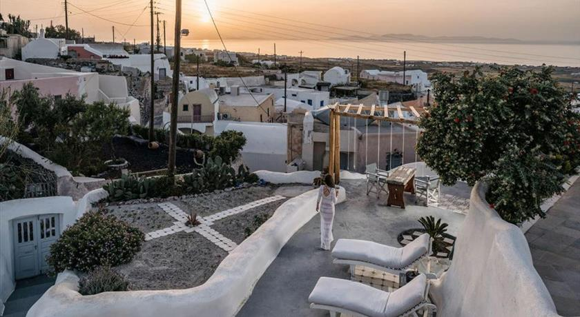 FOSUITES in Santorini - 2021 Prices,Photos,Ratings - Book Now