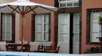 Grand Canava, hotels in Oia