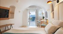 Kirini Suites & Spa, Hotels in Oia Caldera - Santorini View