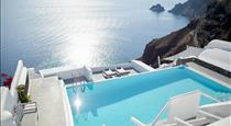 La Perla Villas, hotels in Oia