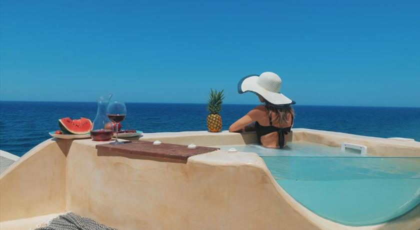 MICHELANGELO BEACH VILLA in Santorini - 2019 Prices,Photos,Ratings - Book Now
