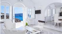 Oia Villa Sleeps 8 Pool Air Con WiFi, hotels in Oia