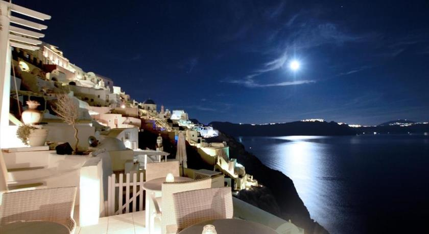 Residence Suites, Hotel in Oia, Greece - Santorini View