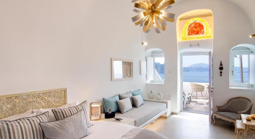SECRET LEGEND SUITES in Santorini - 2019 Prices,Photos,Ratings - Book Now