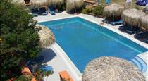 Soulis Apartments, hotels in Oia