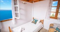 Stelios Rooms, hotels in Oia