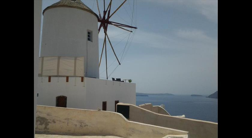 Sunset Mill, Hotel in Oia Caldera - Santorini View