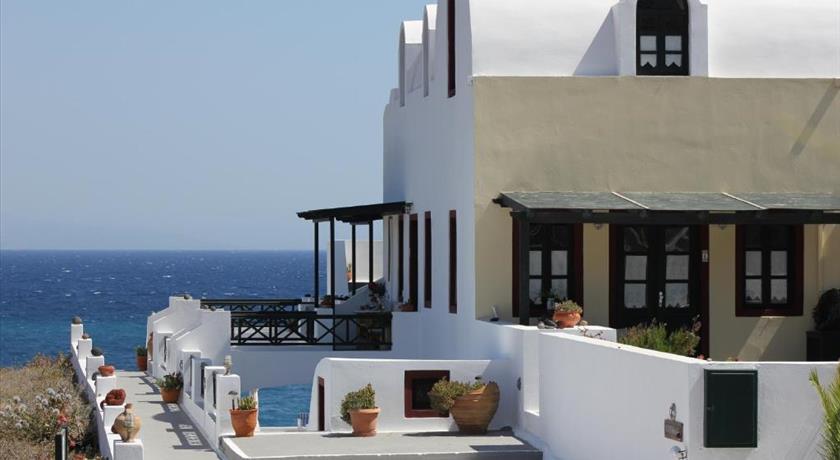 VRACHIA STUDIOS & APARTMENTS in Santorini - 2019 Prices,Photos,Ratings - Book Now