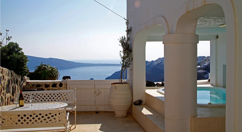 White House Villa, Hotel in Oia Caldera - Santorini View