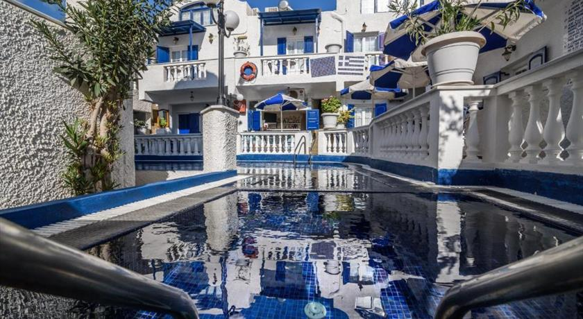 HOTEL PORTO PERISSA in Santorini - 2019 Prices,Photos,Ratings - Book Now