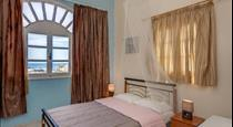Onar Rooms & Studios, hotels in Perissa