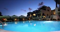 Samson΄s Village, hotels in Perissa