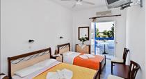 Villa Clio, hotels in Perissa