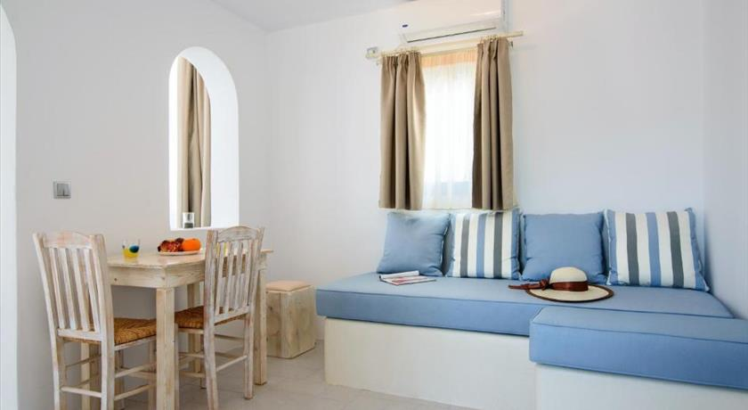 VILLA GEORGE SANTORINI in Santorini - 2019 Prices,Photos,Ratings - Book Now